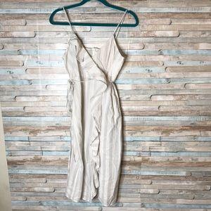 Grey & white Zara ruffle strap dress w slit M